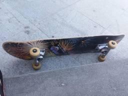 Troco skate profissional em bike ou algo do meu interesse