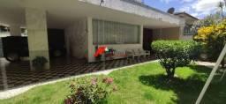 Casa de esquina no melhor local do bairro Esplanada
