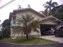 Casa nova 3 qts e suiter no condômino Country II em Maria Paula lugar lindo