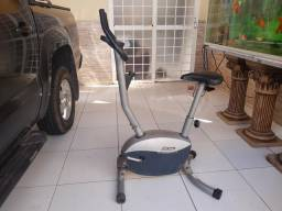 Bicicleta ergométrica a venda