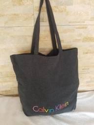 Bolsa de pano - Calvin Klein ( pode ser usada tbm na praia)