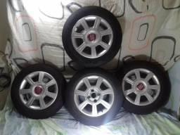 Conjunto de aros com pneus semi novos