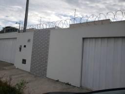 Casa disponível para aluguel, no bairro Loteamento Nanuque por R$ 600,00
