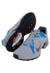 Tênis Nike - Air Max LTE 4