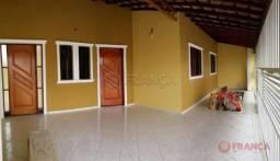 Casa à venda com 3 dormitórios cod:V5421