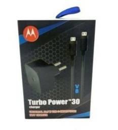 Carrregador Motorola v8 ou Type c