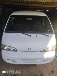 Van H100 ano 2001