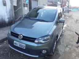 Carro crosfox 2011