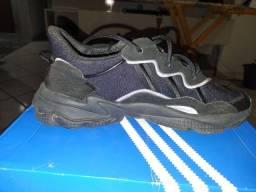 Título do anúncio: Tênis Adidas semi novo