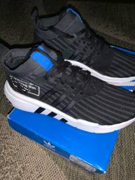 Vendo tênis Adidas EQT tamanho 38