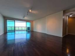Título do anúncio: Apartamento para venda com 179 metros quadrados com 4 quartos na peninsula