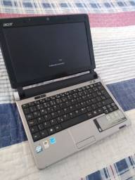 NetBook bem novinho funcionando perfeitamente