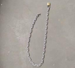 Corrente de um metro + cadeado