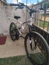 Bicicleta aro 26 full suspensão