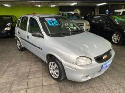 Título do anúncio: Chevrolet Corsa Wind 1.0 8v 2002 - 4 portas
