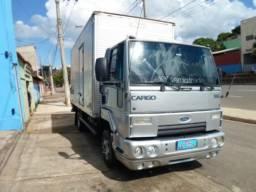Ford Cargo 816 - Parcelado