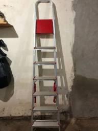 Oferta: Escada em alumínio 7 degraus
