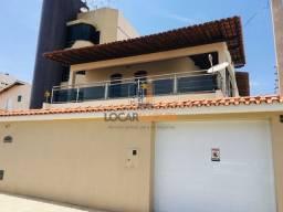 Título do anúncio: Casa bastante ampla com terreno de 320 m² e 327.80 m² de área construída em ótima localiza