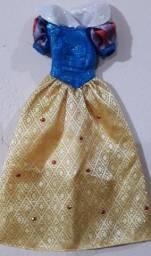 Vestido de Barbie Doll  Branca de neve  Disney 2006