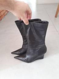 Bota bico fino