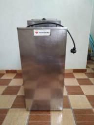 Fritadeira elétrica semi-nova Venâncio