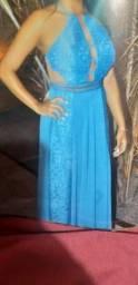 Alugo vestido de festa longo
