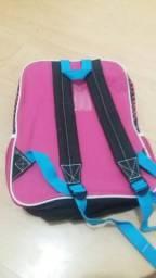 Vende-se mochila infantil em perfeito estado
