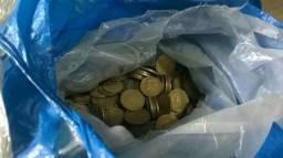 Lote de Moedas Antigas e amarelas de 10, 20 e 50 centavos