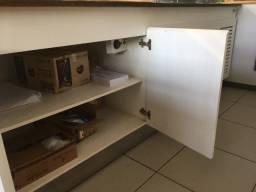 Balcão buffet refrigerado e estufa