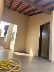 Casa no Tijuca com 03 quartos sendo 01 suíte