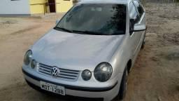 Polo 1.6 sedan completo - 2006