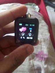 Smartwatch com batimentos cardíaco