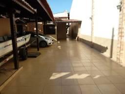 Casas com 4 Quartos à Venda em Maraponga