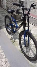 Bicicleta 18 marchas, aro 28 com suspensão