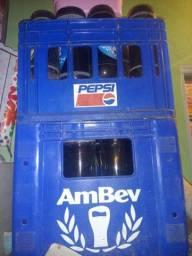 2 caixas com vasilhames de 1 litros ambev