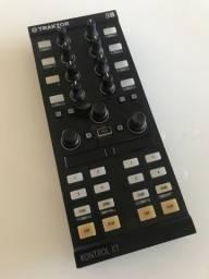 VENDO TRAKTOR KONTROL X1 com BAG DJ