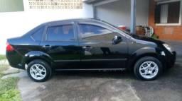 Título do anúncio: Fiesta Sedan 2007 Somente R$14.500,00