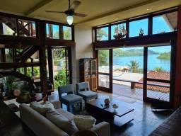 Casa com vista mar no Cond. Praia do Engenho.