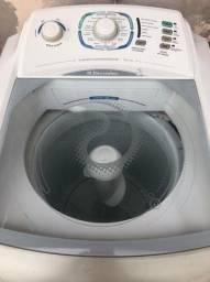 Vendo máquina de lavar 10 kg 127v.