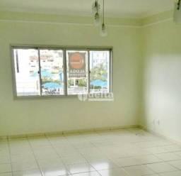 Apartamento com 3 dormitórios para alugar, 82 m² por R$ 880,00 - Tibery - Uberlândia/MG