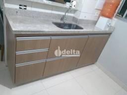 Apartamento com 2 dormitórios à venda, 66 m² por R$ 155.000,00 - Shopping Park - Uberlândi