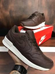 Tênis Nike Pegasus 89