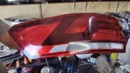 Lanterna Virtus lado esquerdo motorista
