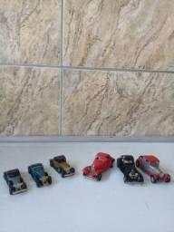 Título do anúncio: LOTE DE 6 CARROS DE METAL EM MINIATURAS USADOS