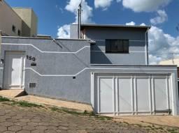 Vendo excelente casa em Piranguinho