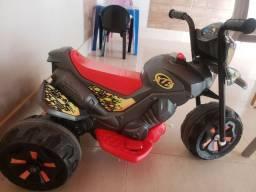 Mini moto eléctrica xt3 6V - Usada