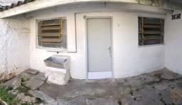 Casa para alugar com 1 dormitórios em Boqueirao, Curitiba cod:00996.005