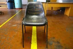 Título do anúncio: Cadeira Estilo Concha c/ Detalhes (LER OBSERVAÇÕES) em Ferro/Preta 75 cm x 45 cm x 38 cm