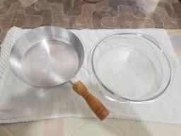 Título do anúncio: Frigideira de alumínio fundido 24 cm + assadeira redonda