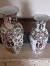 Título do anúncio: 2 Vasos Mandarim, Porcelana Chinesa, Família Rosa m